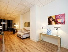 Lisa Wallace Absolute Beauty – Fitout : Studding, Slabbing, Flooring and Moulding